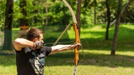 BEST TAKEDOWN RECURVE BOW [Roundup Review] 2021
