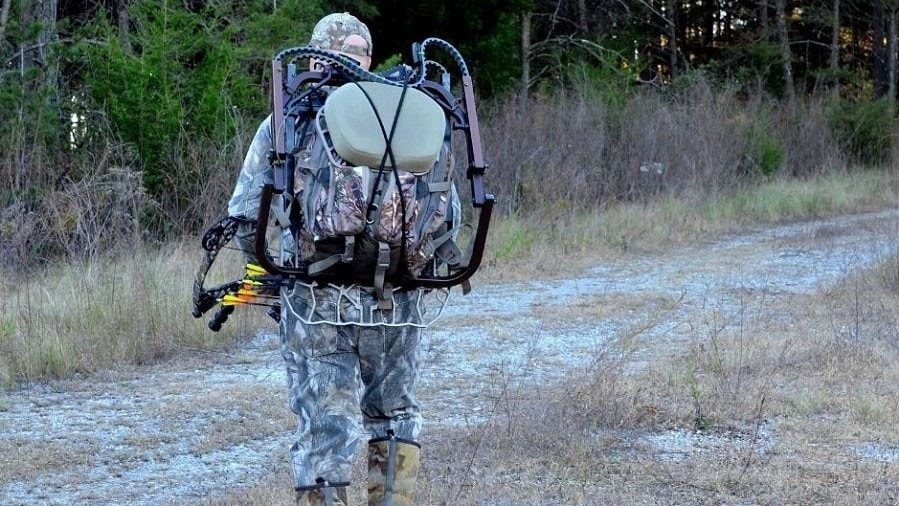 a bow Hunter in camoflage