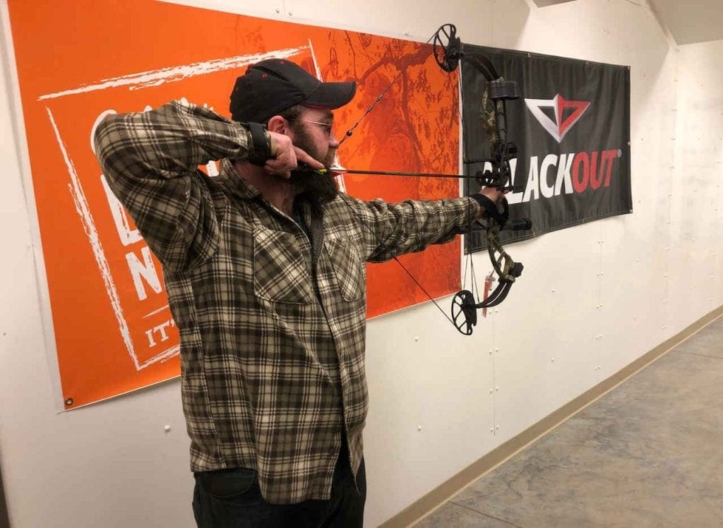 Shooting the PSE Uprising Compound Bow